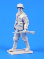 CMK F48303: 1/48 German WWII Soldier with Mauser 98 Rifle