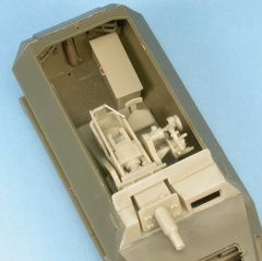 GasoLine GAS48073K: 1/48 Sd.Kfz.251/9 Stummel 75mm L/24