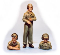GasoLine GAS50323: 1/48 German tank crew (2 torsos + 1 full)