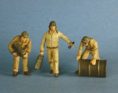 GasoLine GAS50332: 1/48 US tank crew refueling (3)