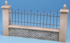 GasoLine DIO48013KC: 1/48 Low Wall with Poles and Railing