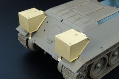 Hauler HLX48036: 1/48 T-34/76 FUEL DRUMS