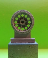 OKB S48008: 1/48 Wheels for T-34, cast, early, half spider
