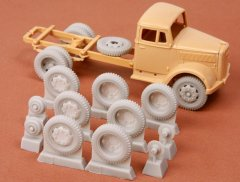 SBS Model 48036: 1/48 Kfz.385 Opel Blitz wheel set, late 8-bolt type