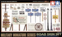 Tamiya 32509: 1/48 Road Sign Set
