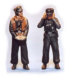 GasoLine GAS50327: 1/48 German tank crew winter-dressed (2)